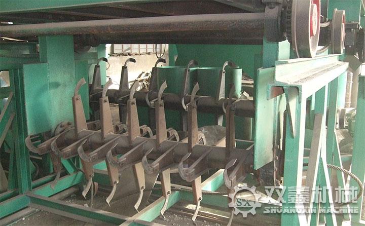 如何科学合理的使用有机肥发酵翻堆机?